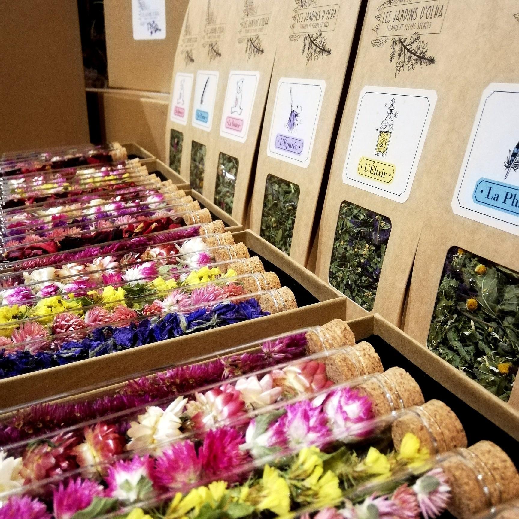 fioles fleurs sechees jardins d'olha